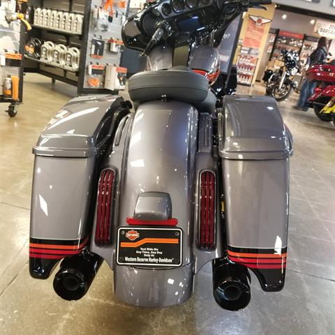 2020 Harley-Davidson CVO™ Street Glide® in Mentor, Ohio - Photo 6