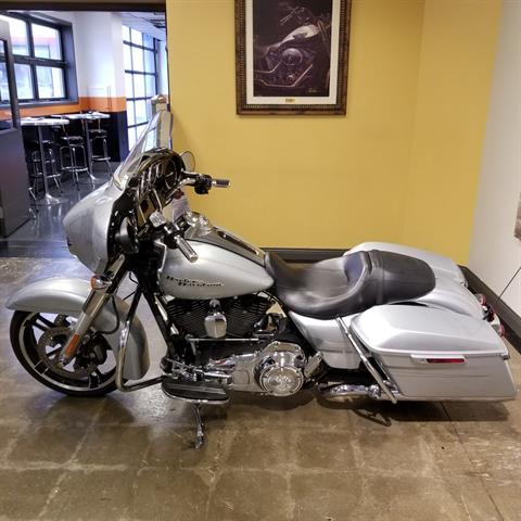 2015 Harley-Davidson Street Glide® Special in Mentor, Ohio