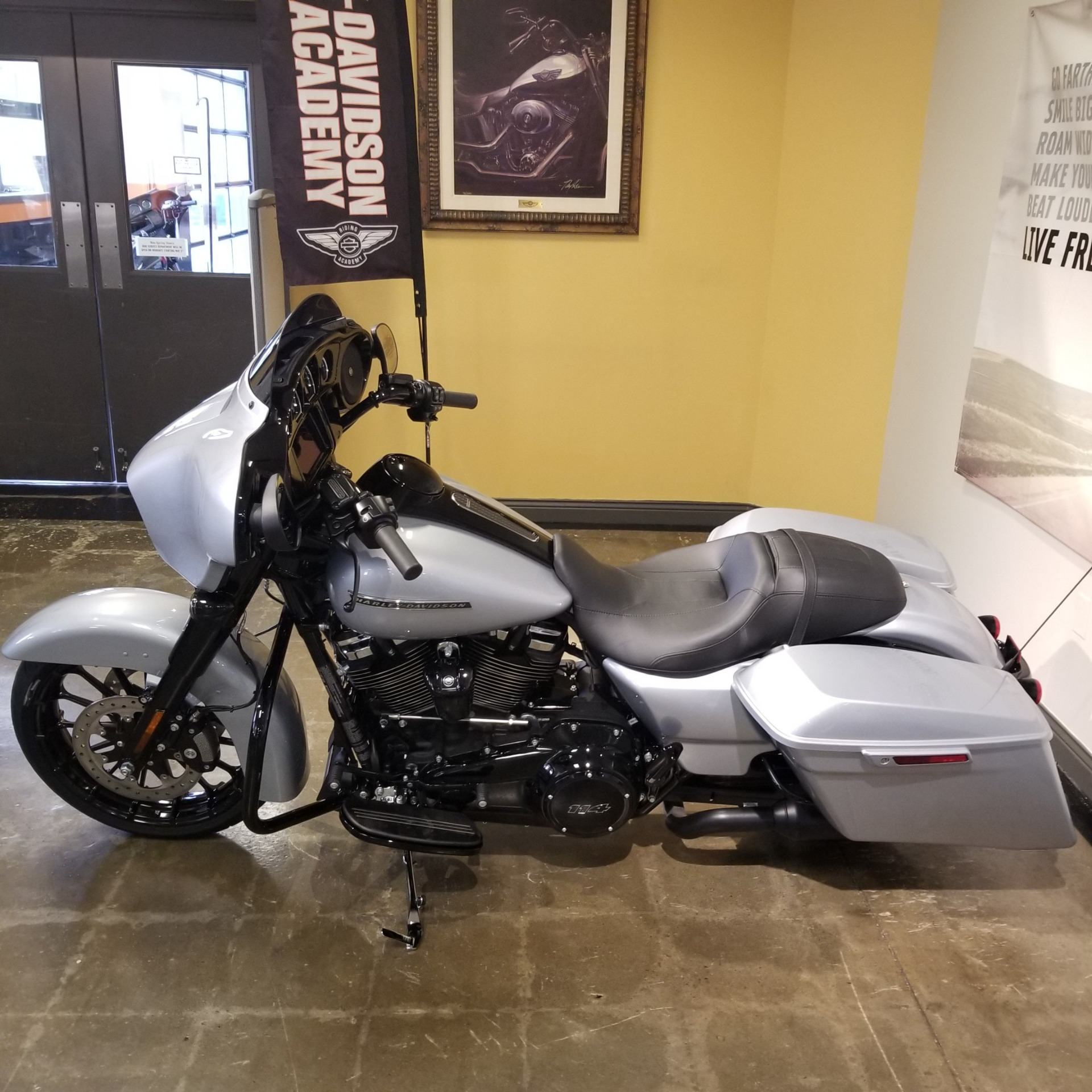 2019 Harley-Davidson Street Glide® Special in Mentor, Ohio - Photo 11