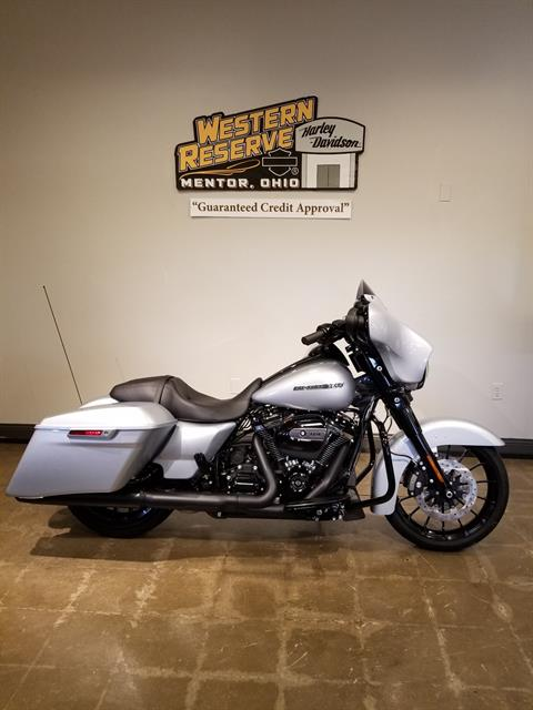 2019 Harley-Davidson Street Glide® Special in Mentor, Ohio
