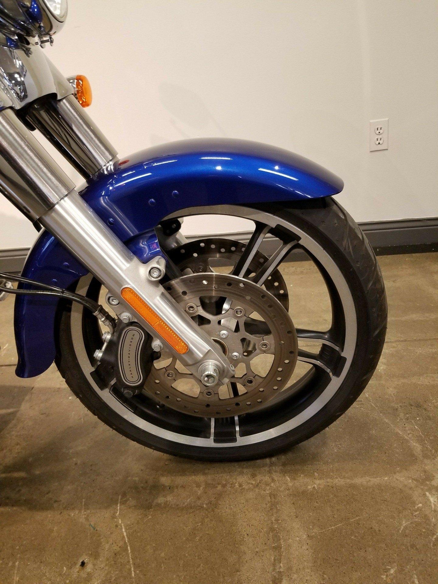 2015 Harley-Davidson Freewheeler 4