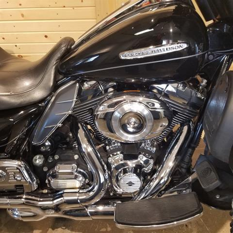 2011 Harley-Davidson Electra Glide® Ultra Limited in Mentor, Ohio - Photo 2