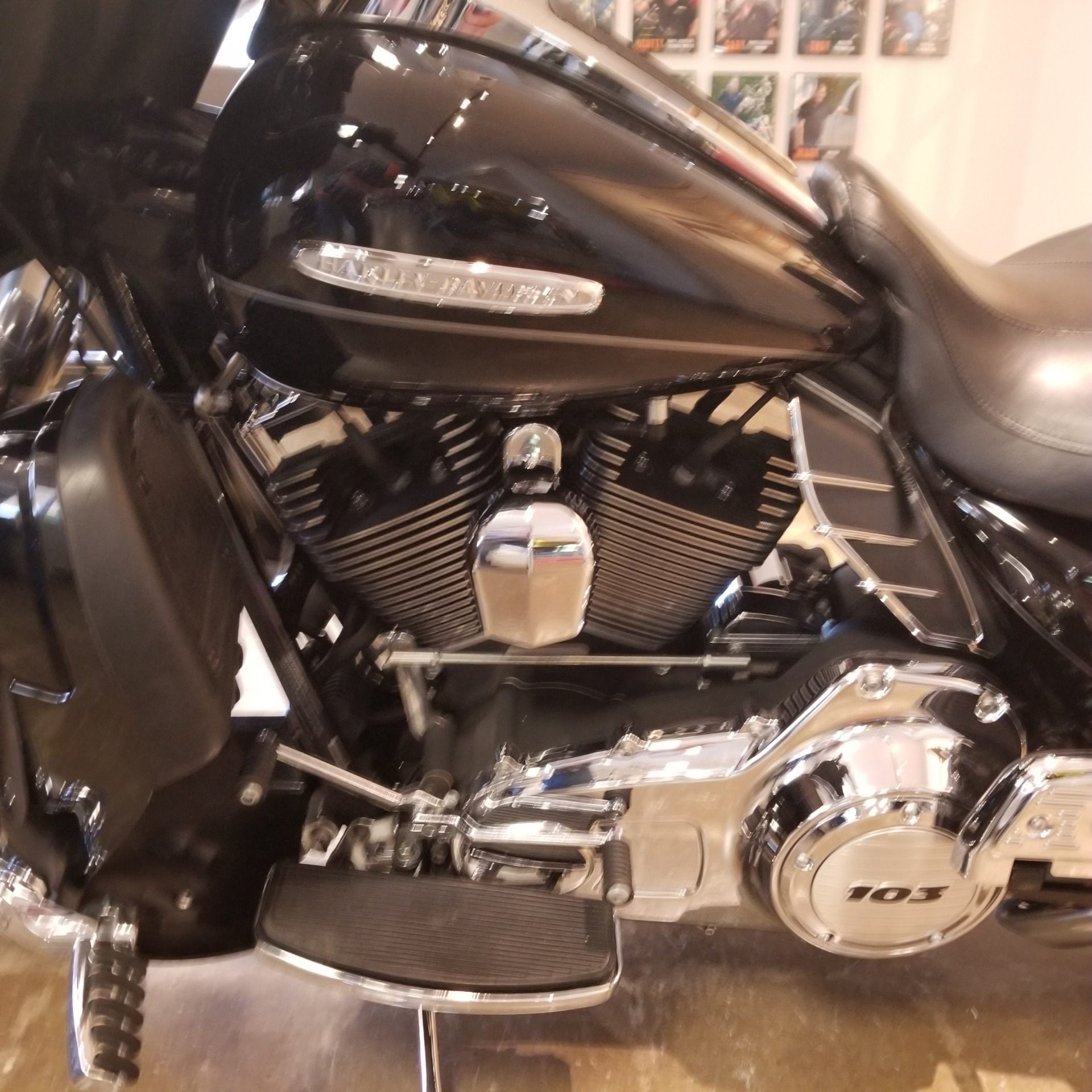 2011 Harley-Davidson Electra Glide® Ultra Limited in Mentor, Ohio - Photo 10