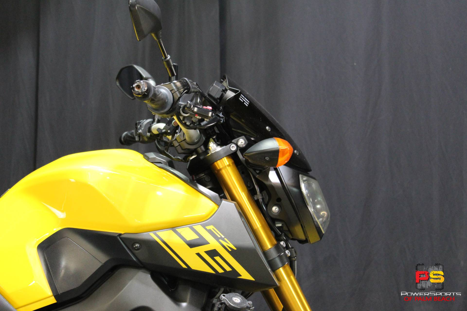 2015 Yamaha FZ-09 in Lake Park, Florida - Photo 7