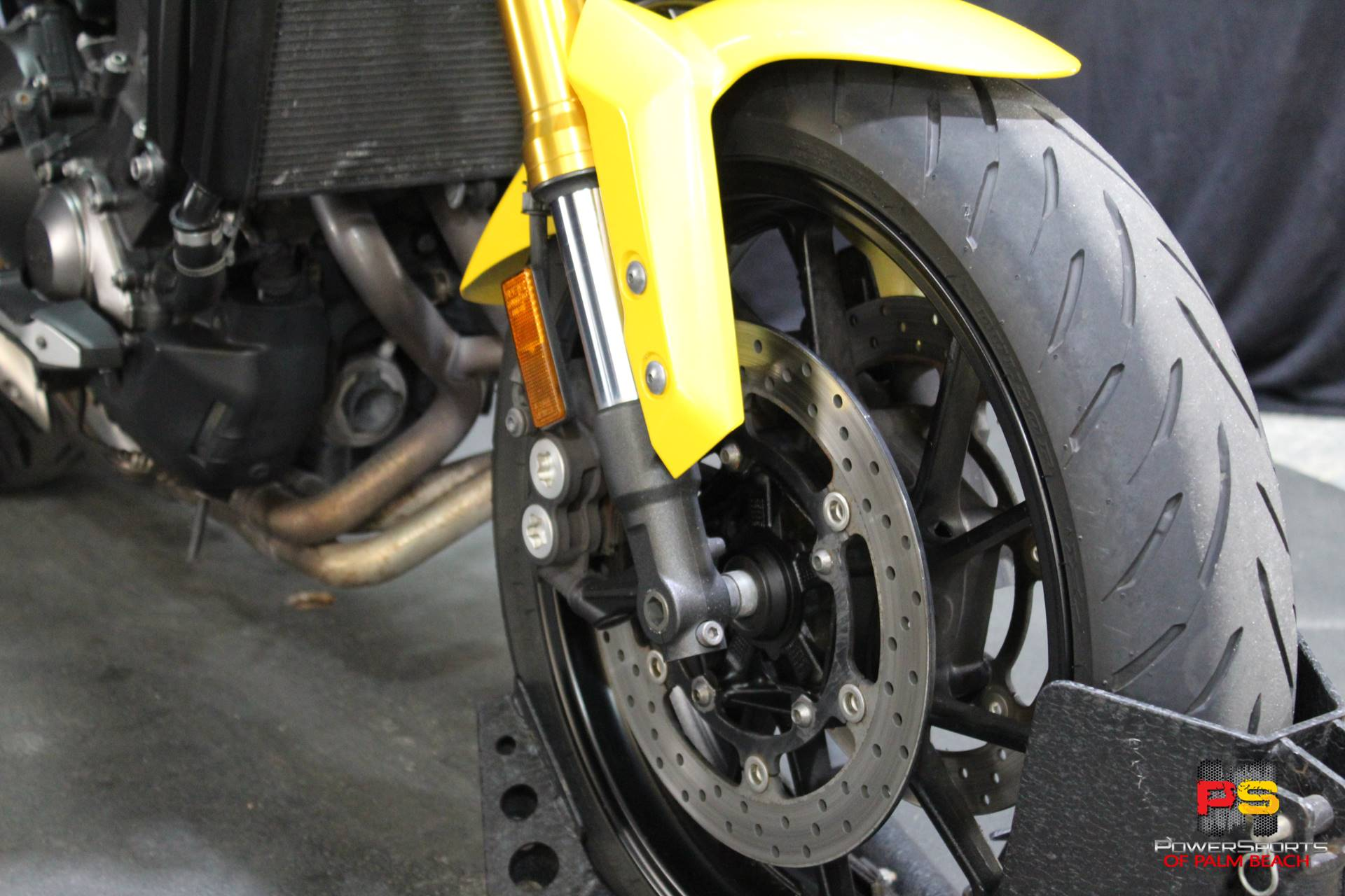 2015 Yamaha FZ-09 in Lake Park, Florida - Photo 10
