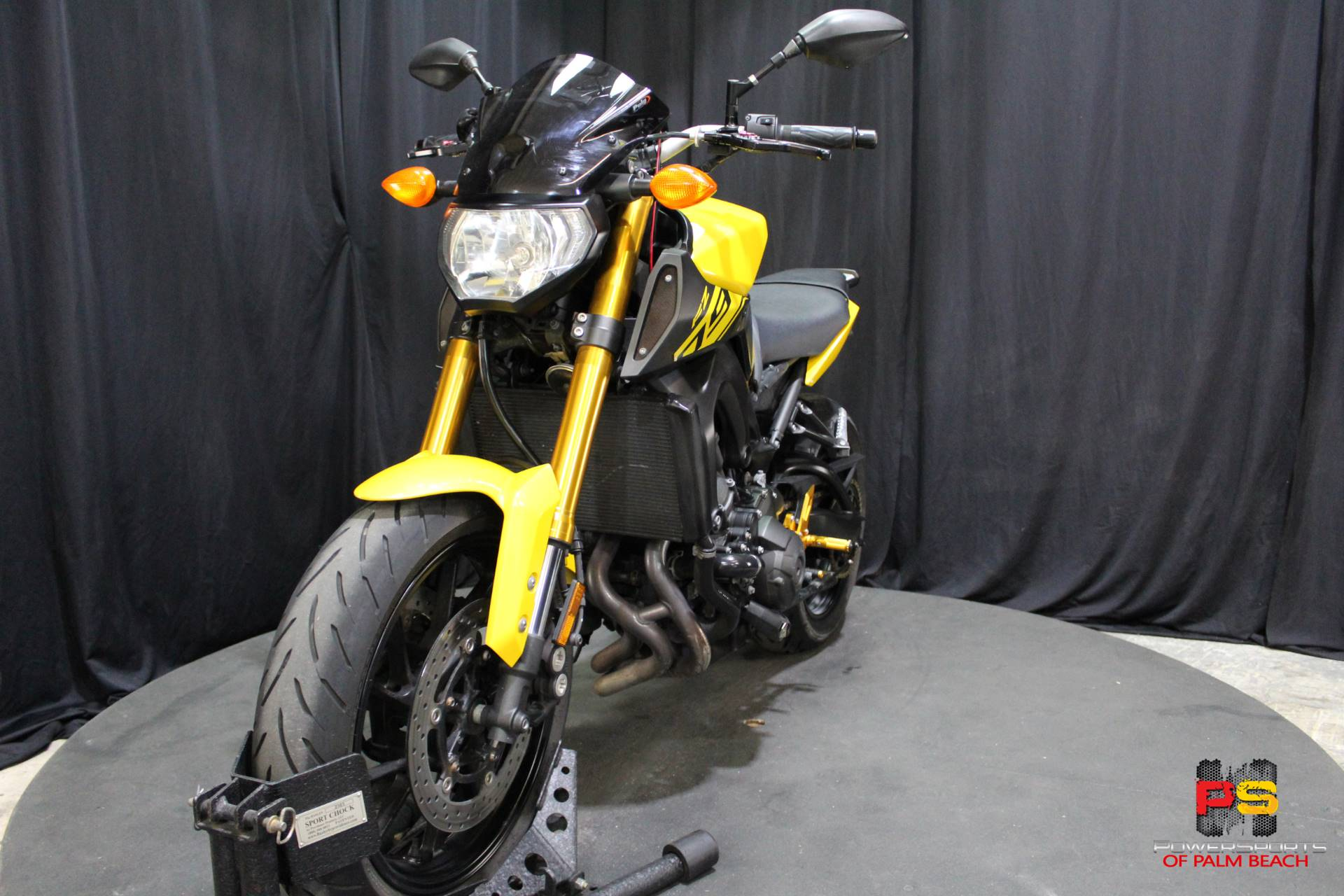 2015 Yamaha FZ-09 in Lake Park, Florida - Photo 14