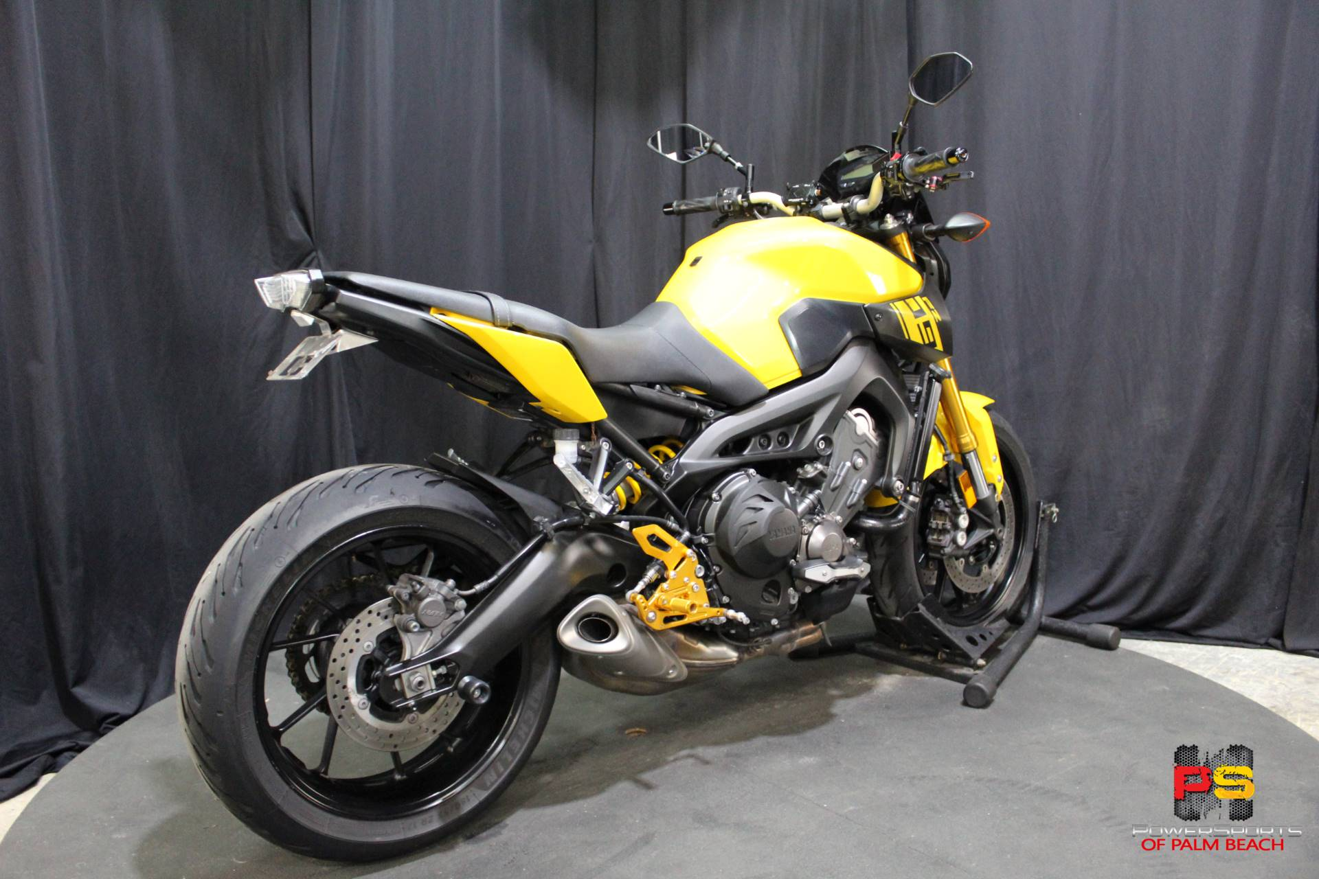 2015 Yamaha FZ-09 in Lake Park, Florida - Photo 30