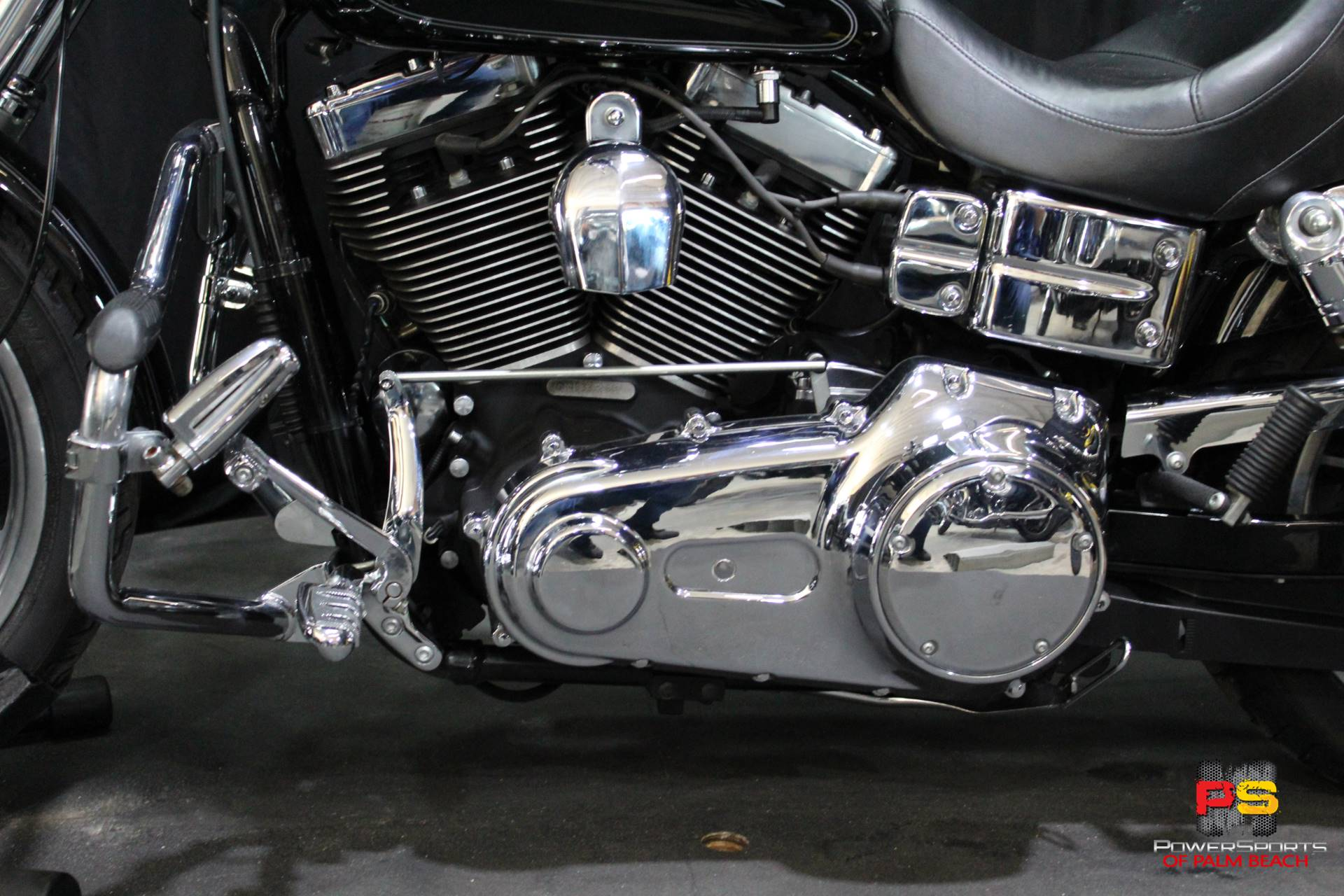 2008 Harley-Davidson Dyna Low Rider in Lake Park, Florida - Photo 19