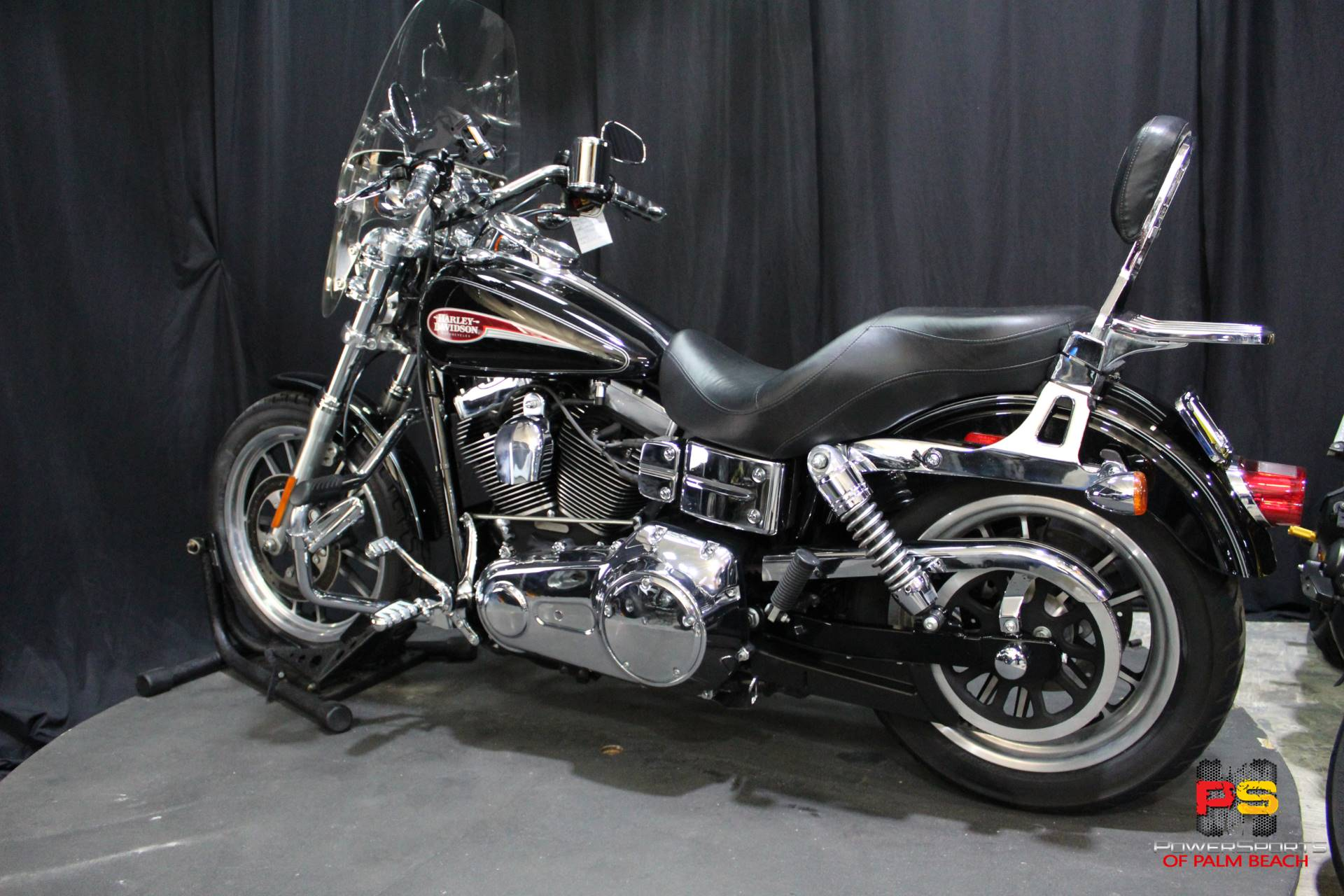 2008 Harley-Davidson Dyna Low Rider in Lake Park, Florida - Photo 23