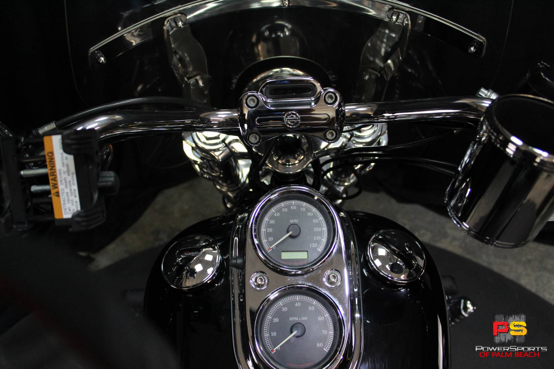 2008 Harley-Davidson Dyna Low Rider in Lake Park, Florida - Photo 37