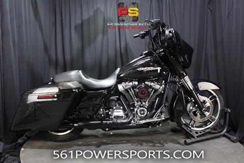 2018 Harley-Davidson Street Glide® Special in Lake Park, Florida - Photo 1