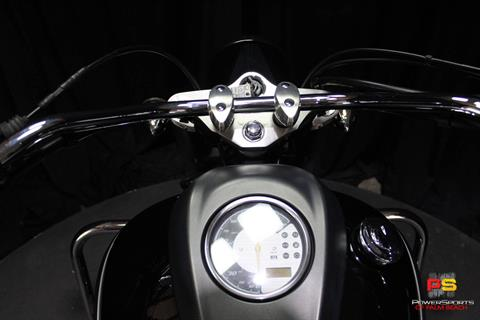 2013 Yamaha V Star 950 in Lake Park, Florida - Photo 36