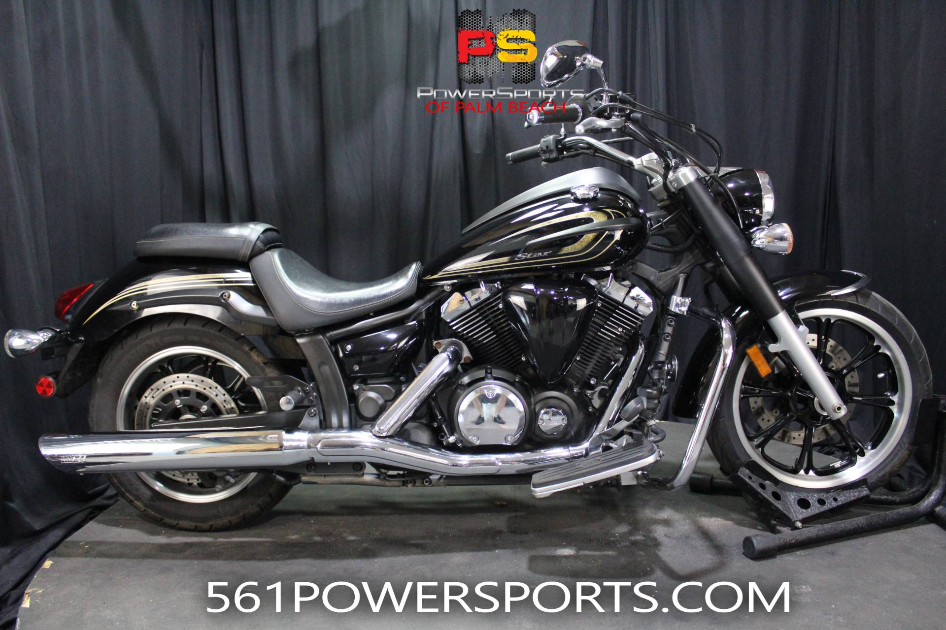 2013 Yamaha V Star 950 in Lake Park, Florida - Photo 1