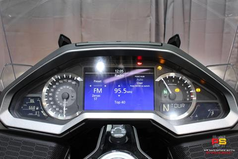 2018 Honda Gold Wing Tour Automatic DCT in Lake Park, Florida - Photo 42