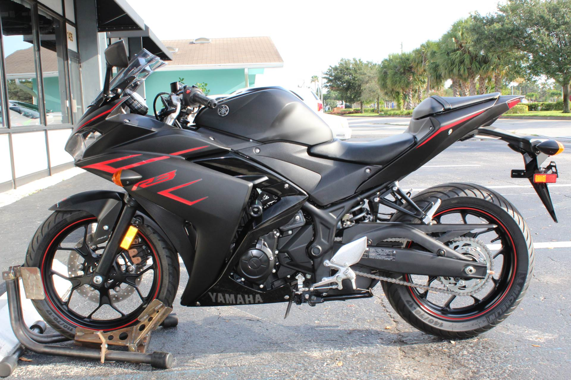 2017 Yamaha YZF-R3 ABS in Lake Park, Florida