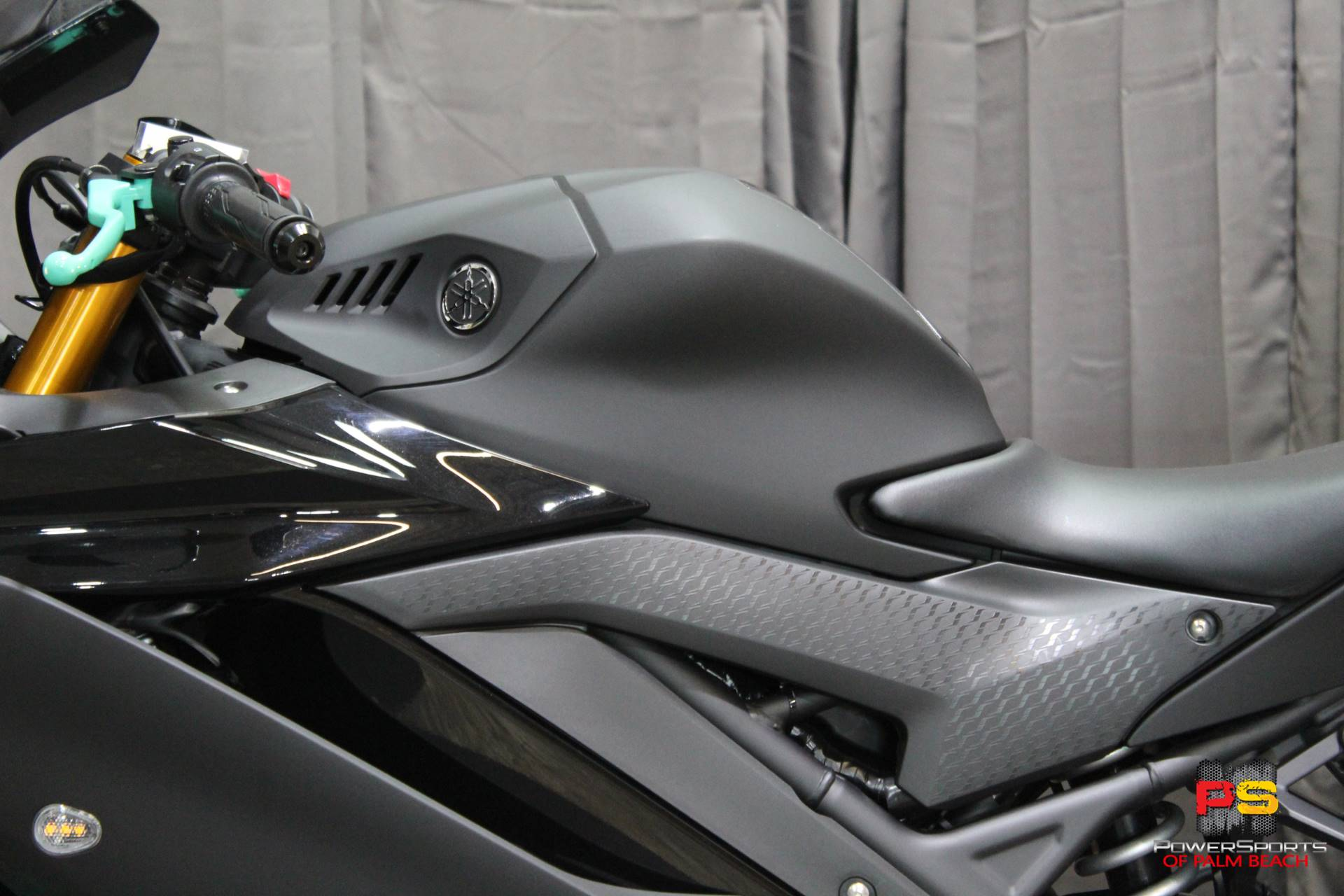 2019 Yamaha YZF-R3 in Lake Park, Florida - Photo 18