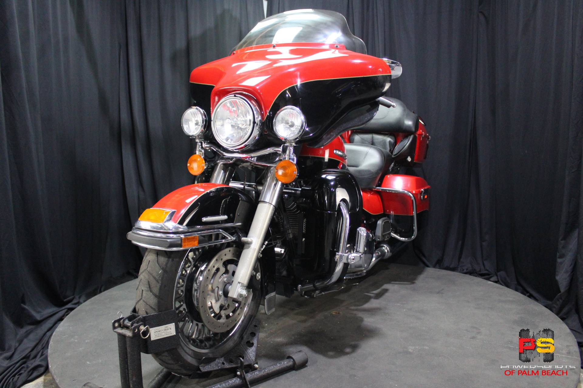 2010 Harley-Davidson Electra Glide® Ultra Limited in Lake Park, Florida - Photo 12