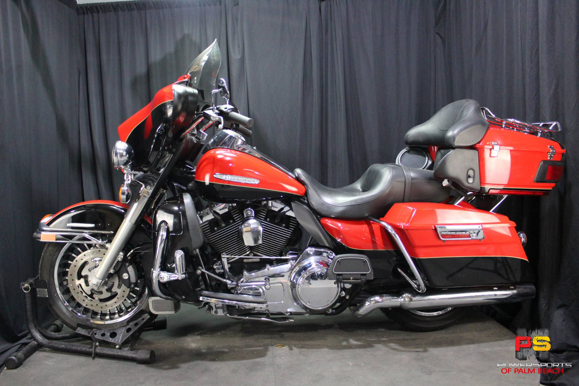 2010 Harley-Davidson Electra Glide® Ultra Limited in Lake Park, Florida - Photo 15