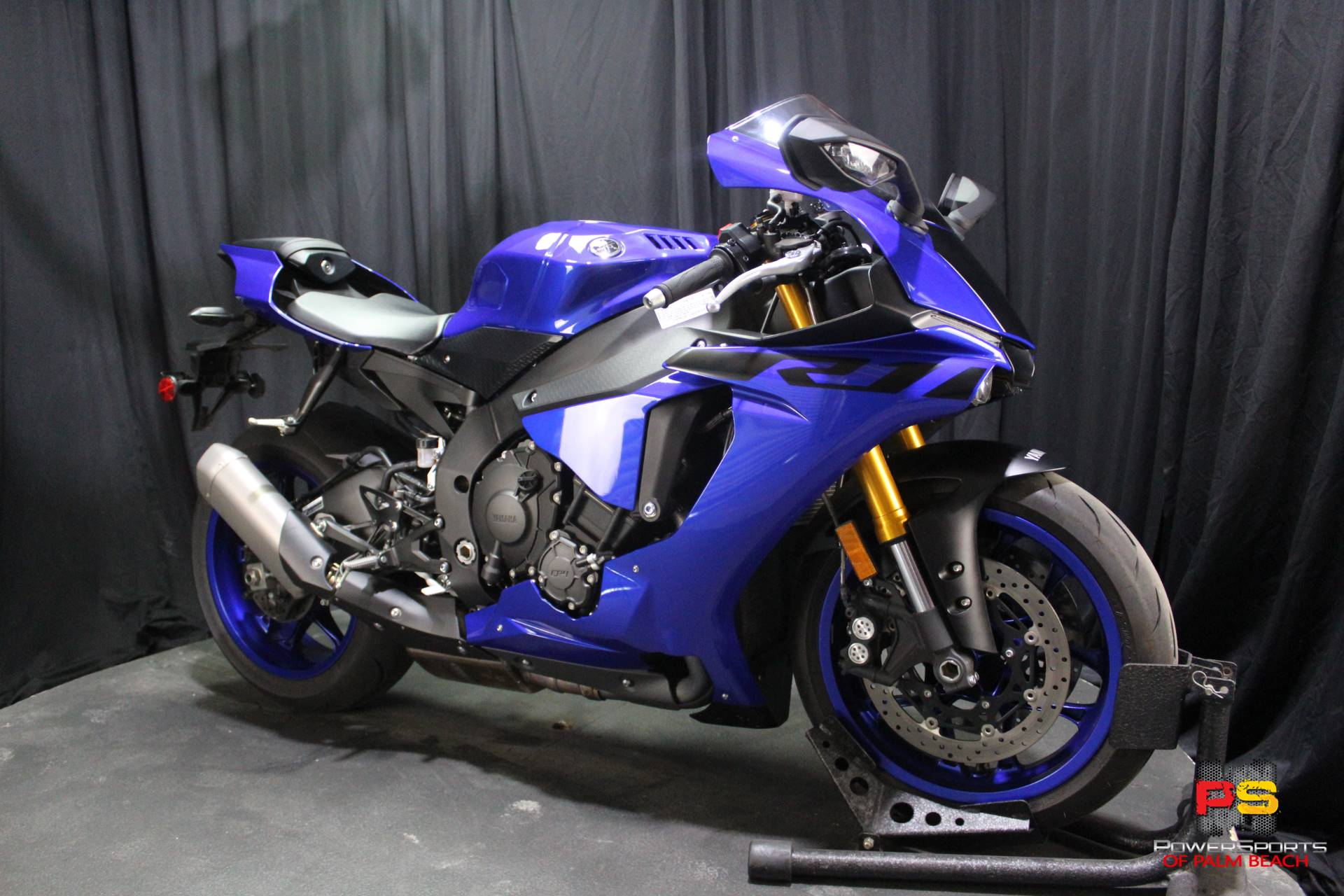 2018 Yamaha YZF-R1 in Lake Park, Florida - Photo 8