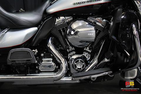 2015 Harley-Davidson Electra Glide® Ultra Classic® in Lake Park, Florida - Photo 5