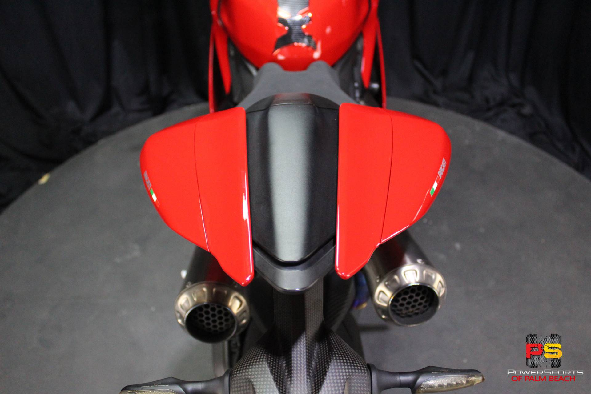 2016 Ducati 1299 Panigale S in Lake Park, Florida - Photo 36