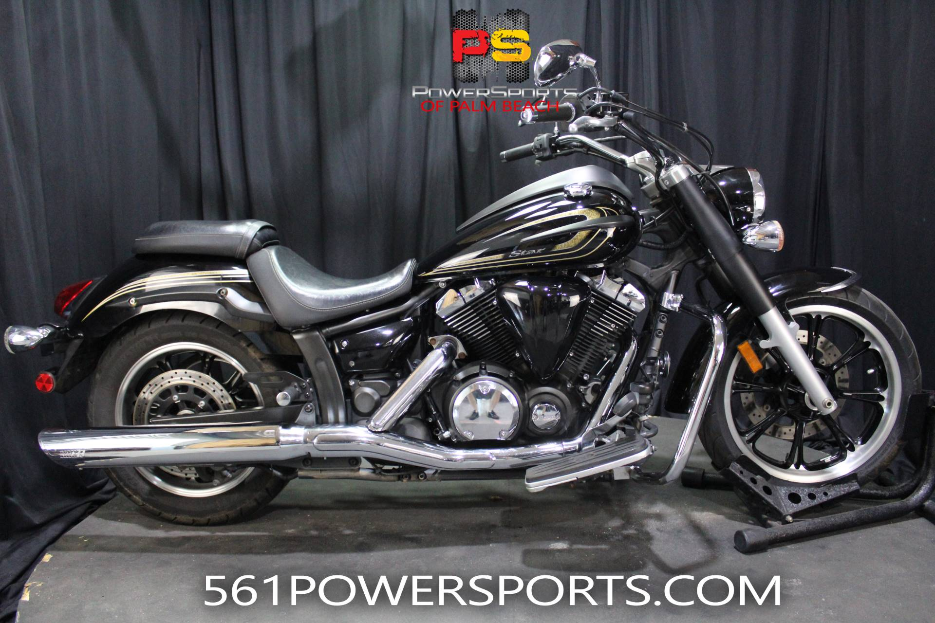 2015 Yamaha V Star 650 Custom in Lake Park, Florida