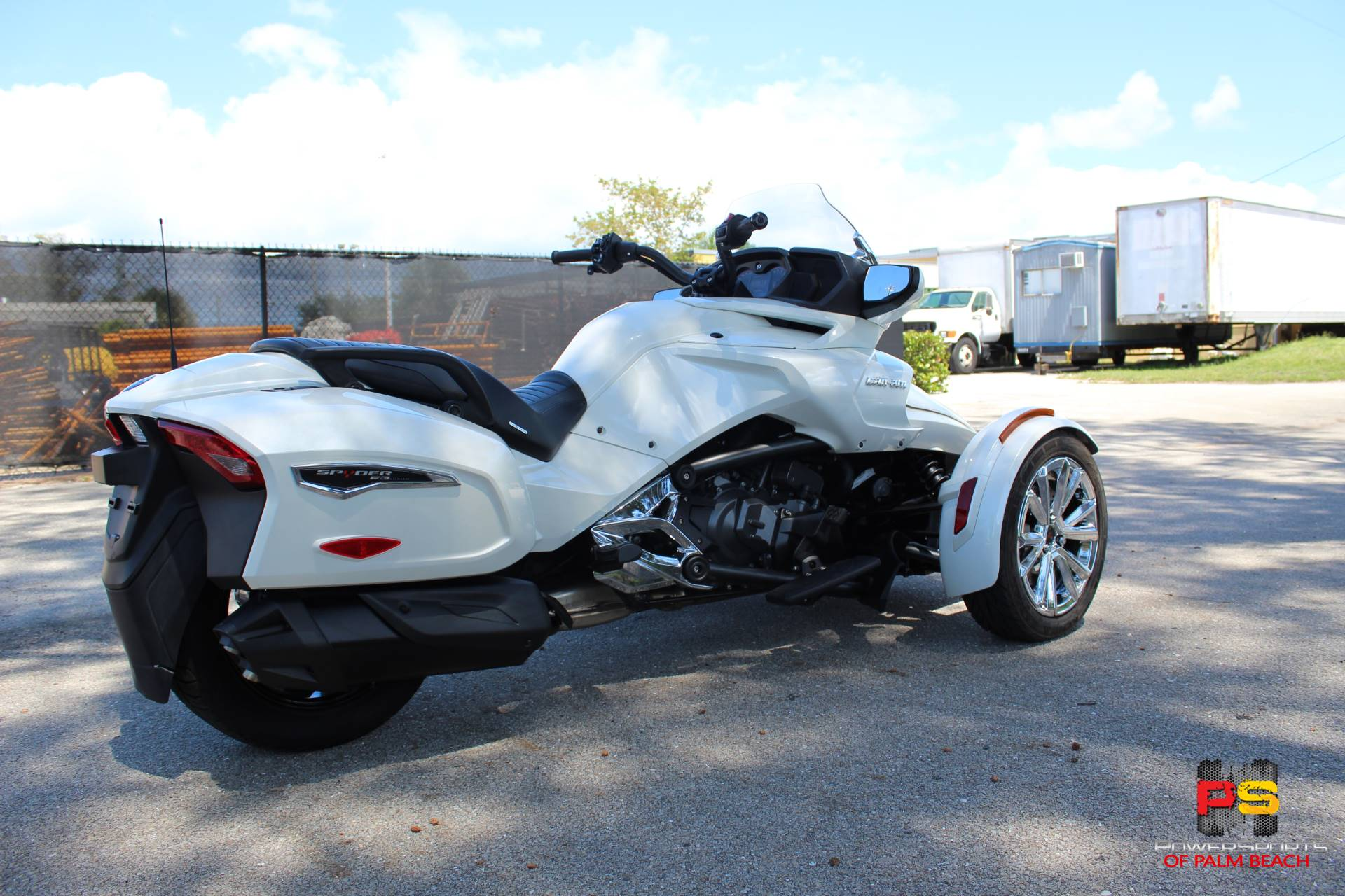 2016 Can-Am Spyder F3 Limited in Lake Park, Florida - Photo 8