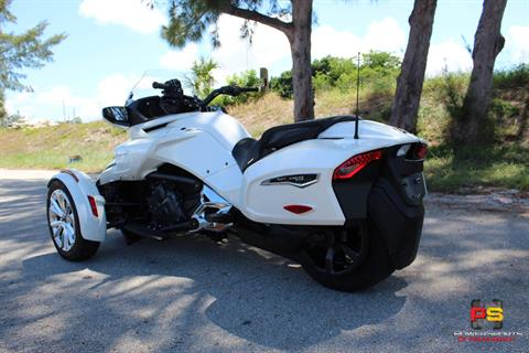 2016 Can-Am Spyder F3 Limited in Lake Park, Florida - Photo 10