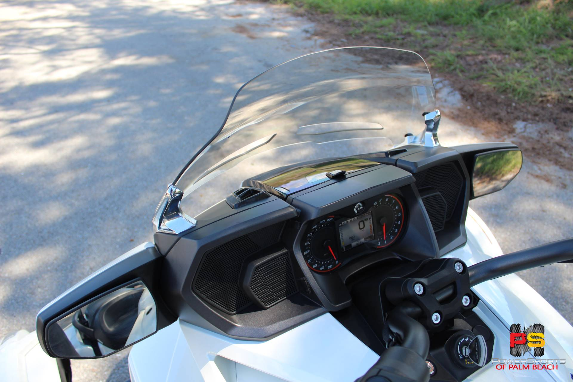 2016 Can-Am Spyder F3 Limited in Lake Park, Florida - Photo 24