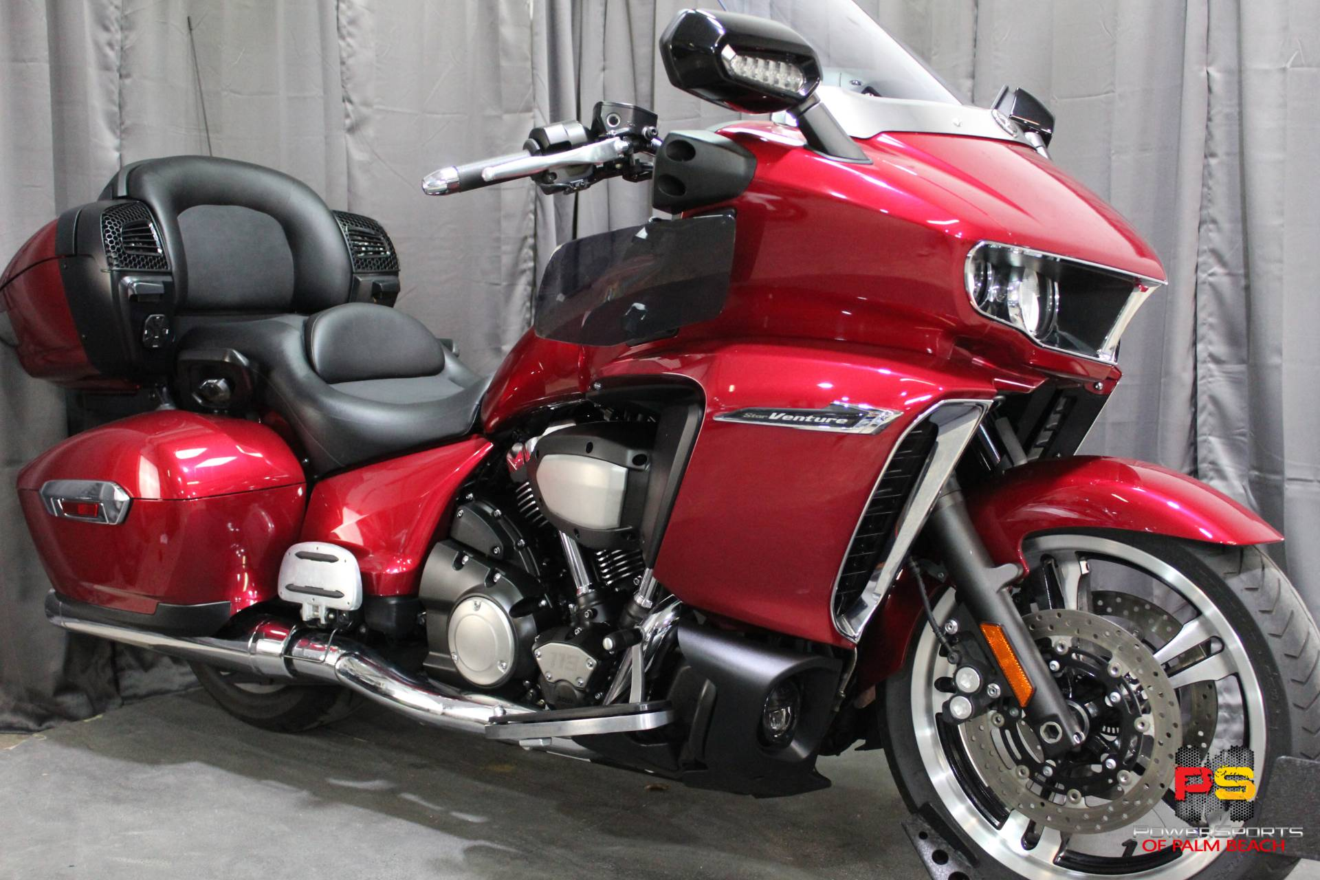 2018 Yamaha Star Venture with Transcontinental Option Package in Lake Park, Florida - Photo 12