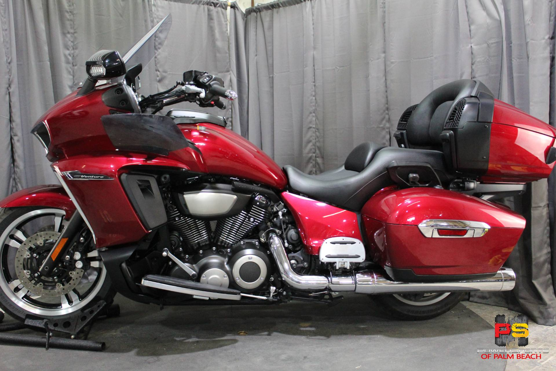 2018 Yamaha Star Venture with Transcontinental Option Package in Lake Park, Florida - Photo 20