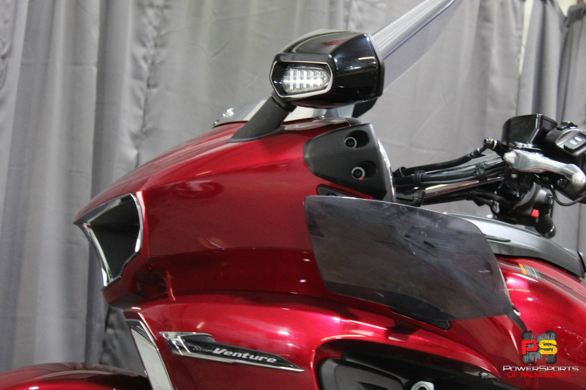 2018 Yamaha Star Venture with Transcontinental Option Package in Lake Park, Florida - Photo 22