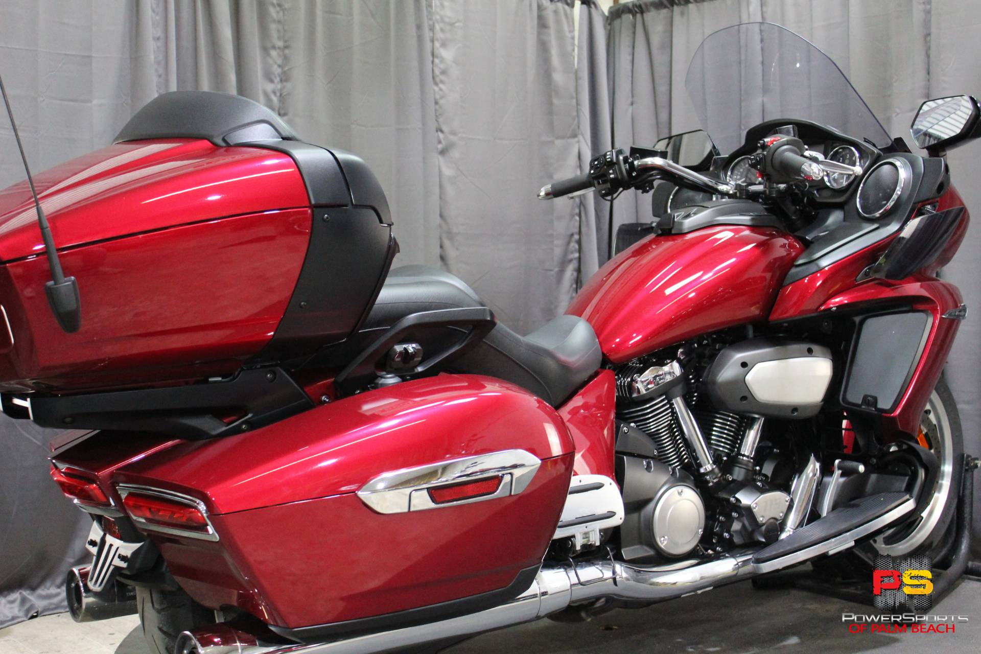 2018 Yamaha Star Venture with Transcontinental Option Package in Lake Park, Florida - Photo 35