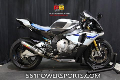 2015 Yamaha YZF-R1M in Lake Park, Florida - Photo 1