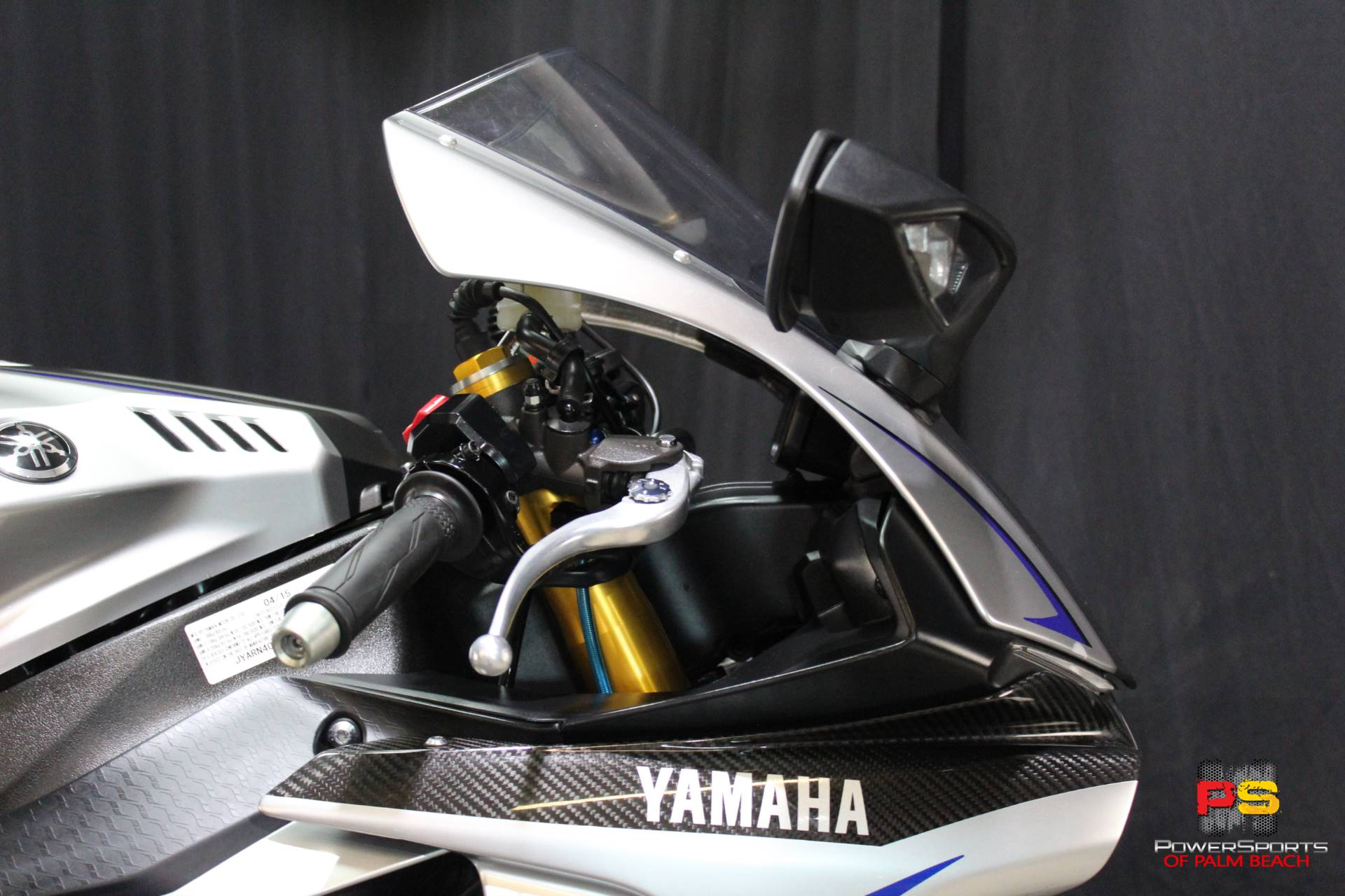 2015 Yamaha YZF-R1M in Lake Park, Florida - Photo 9