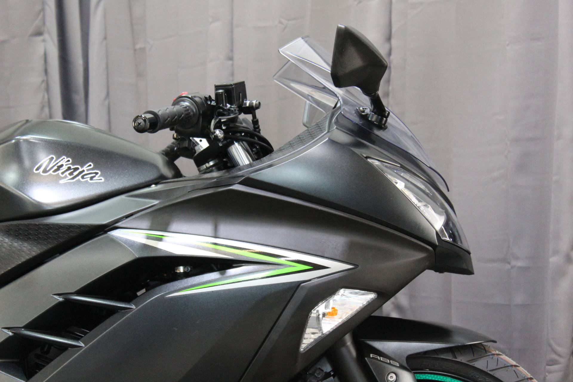 2016 Kawasaki Ninja 300 ABS in Lake Park, Florida - Photo 7