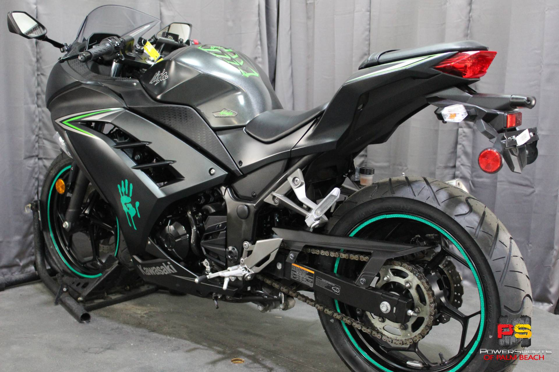 2016 Kawasaki Ninja 300 ABS in Lake Park, Florida - Photo 10