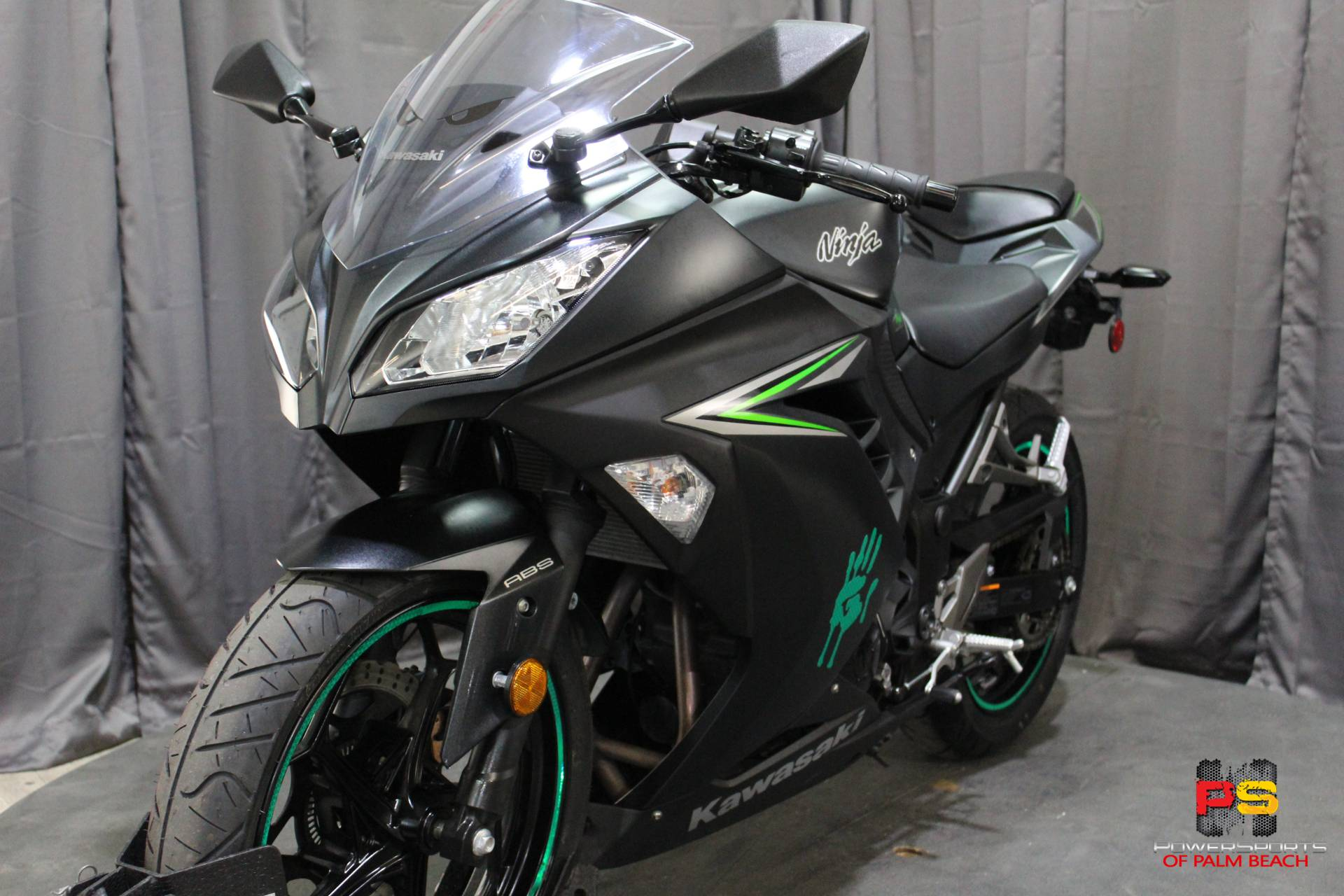 2016 Kawasaki Ninja 300 ABS in Lake Park, Florida - Photo 36