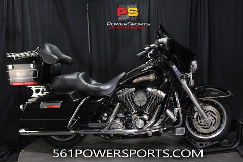 2005 Harley-Davidson FLHTC/FLHTCI Electra Glide® Classic in Lake Park, Florida