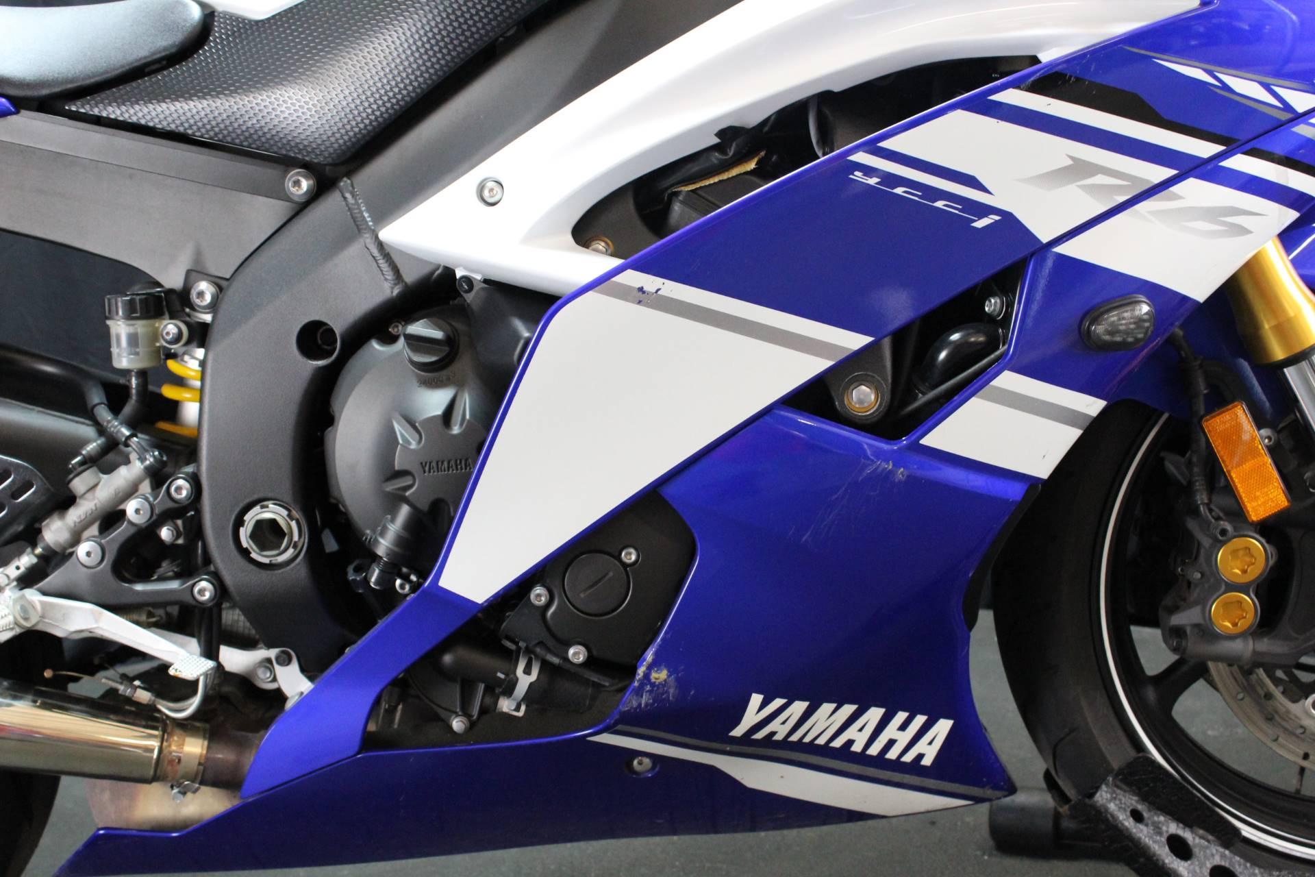 2014 Yamaha YZF-R6 4