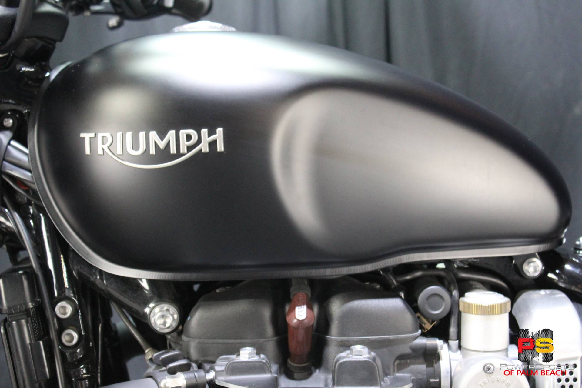 2018 Triumph Bonneville Bobber in Lake Park, Florida - Photo 22