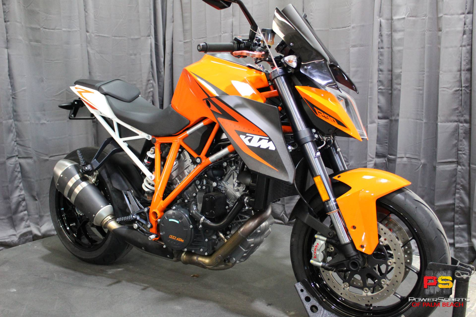 2016 KTM 1290 Super Duke R in Lake Park, Florida - Photo 8