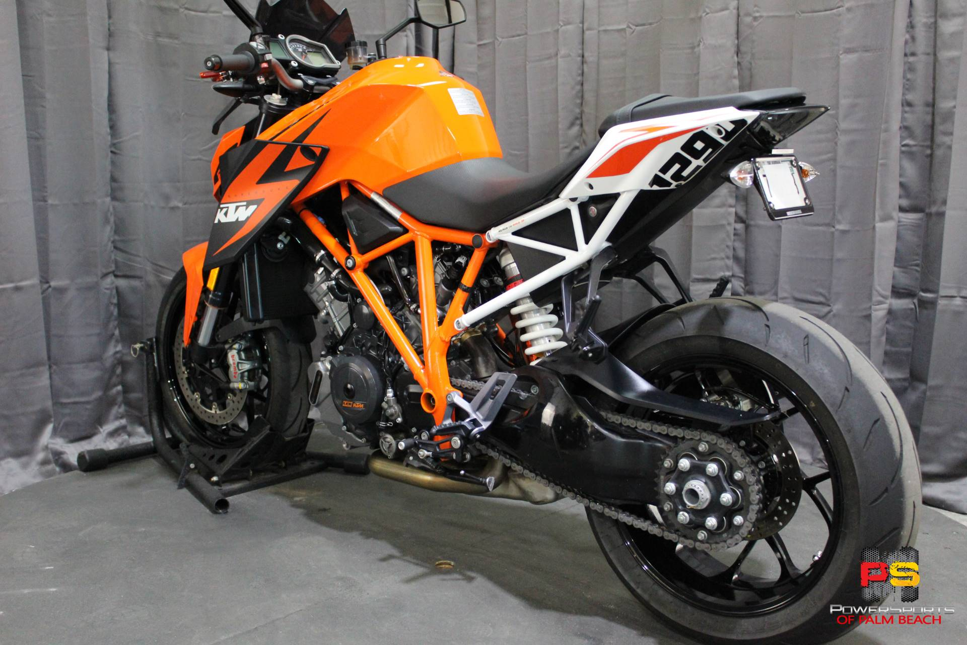 2016 KTM 1290 Super Duke R in Lake Park, Florida - Photo 23