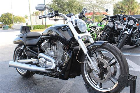 2013 Harley-Davidson V-Rod Muscle® in Lake Park, Florida - Photo 6