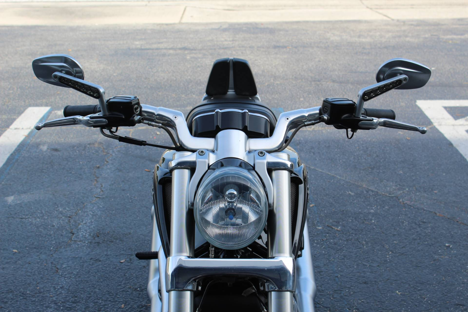 2013 Harley-Davidson V-Rod Muscle® in Lake Park, Florida - Photo 7