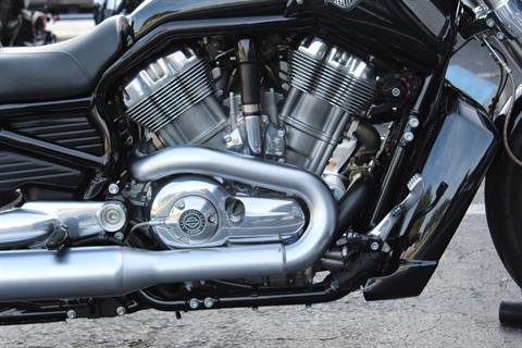2013 Harley-Davidson V-Rod Muscle® in Lake Park, Florida - Photo 11