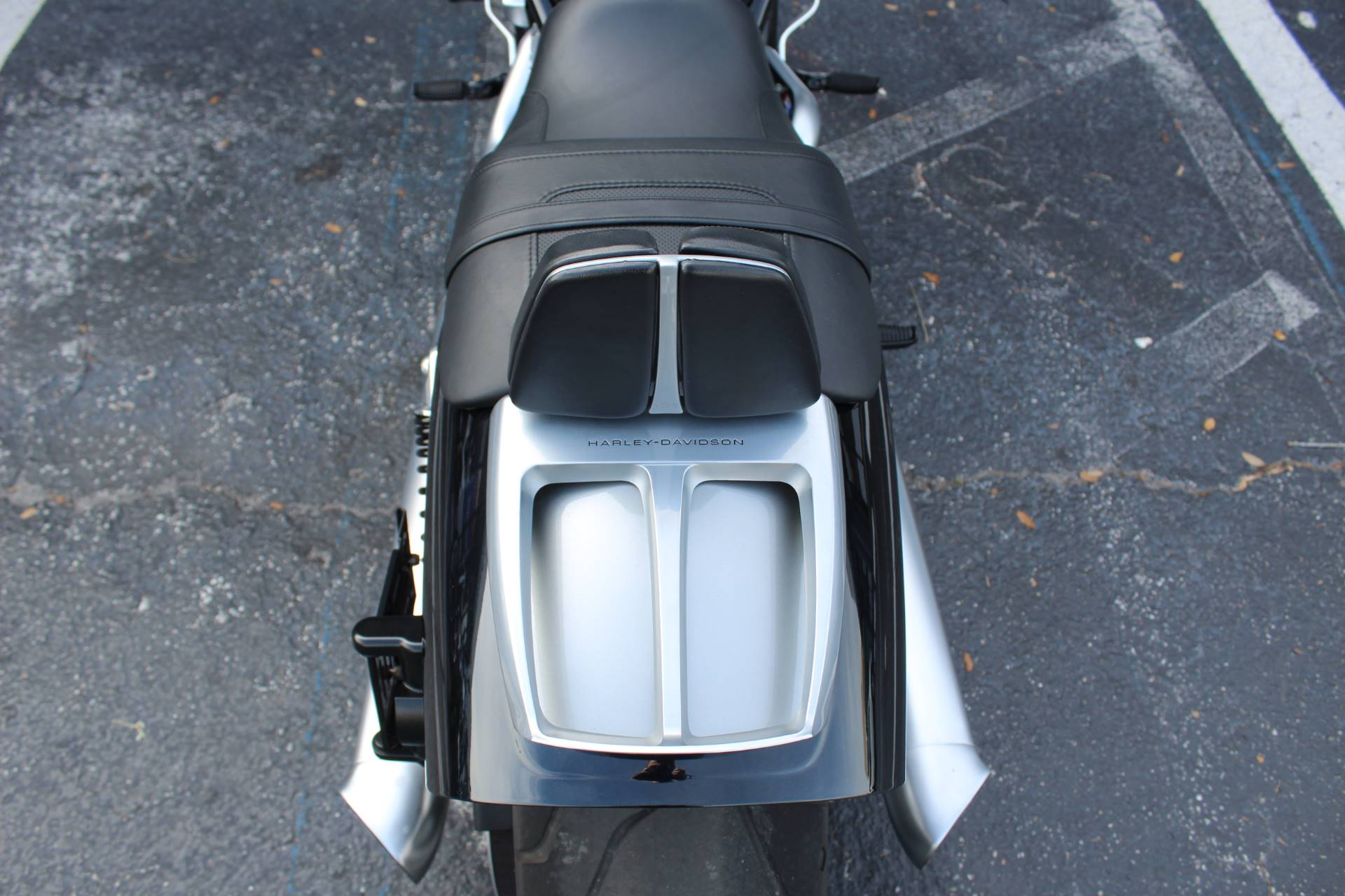 2013 Harley-Davidson V-Rod Muscle® in Lake Park, Florida - Photo 18