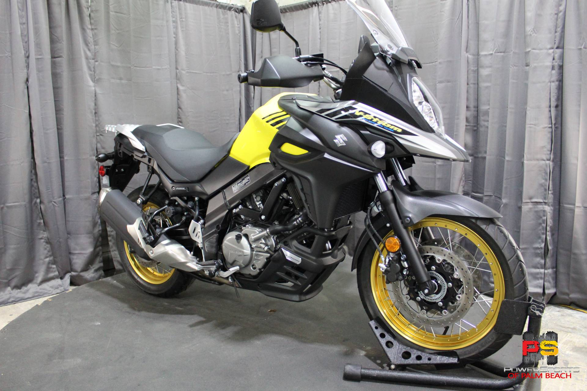 2018 Suzuki V-Strom 650XT in Lake Park, Florida - Photo 8