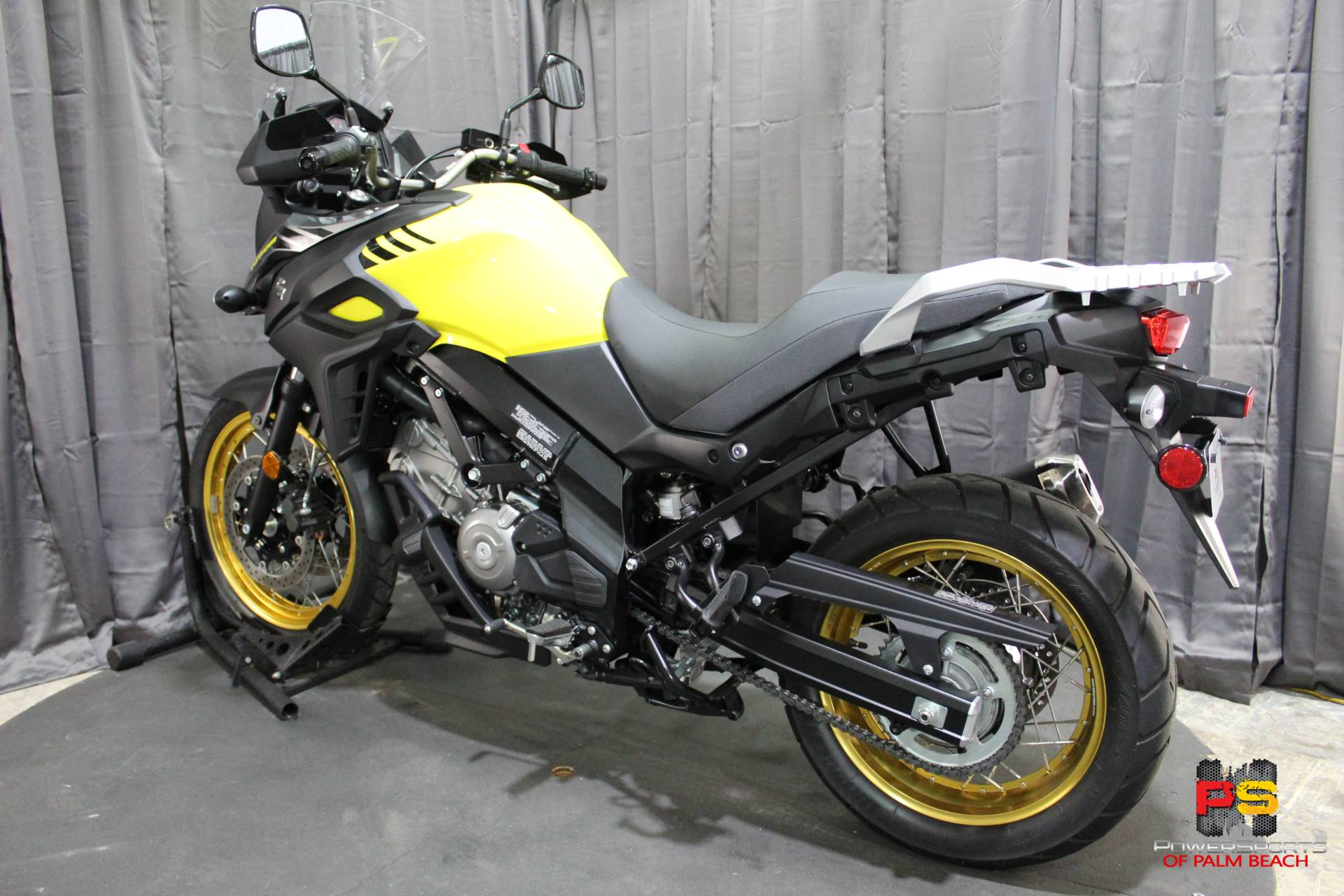 2018 Suzuki V-Strom 650XT in Lake Park, Florida - Photo 24