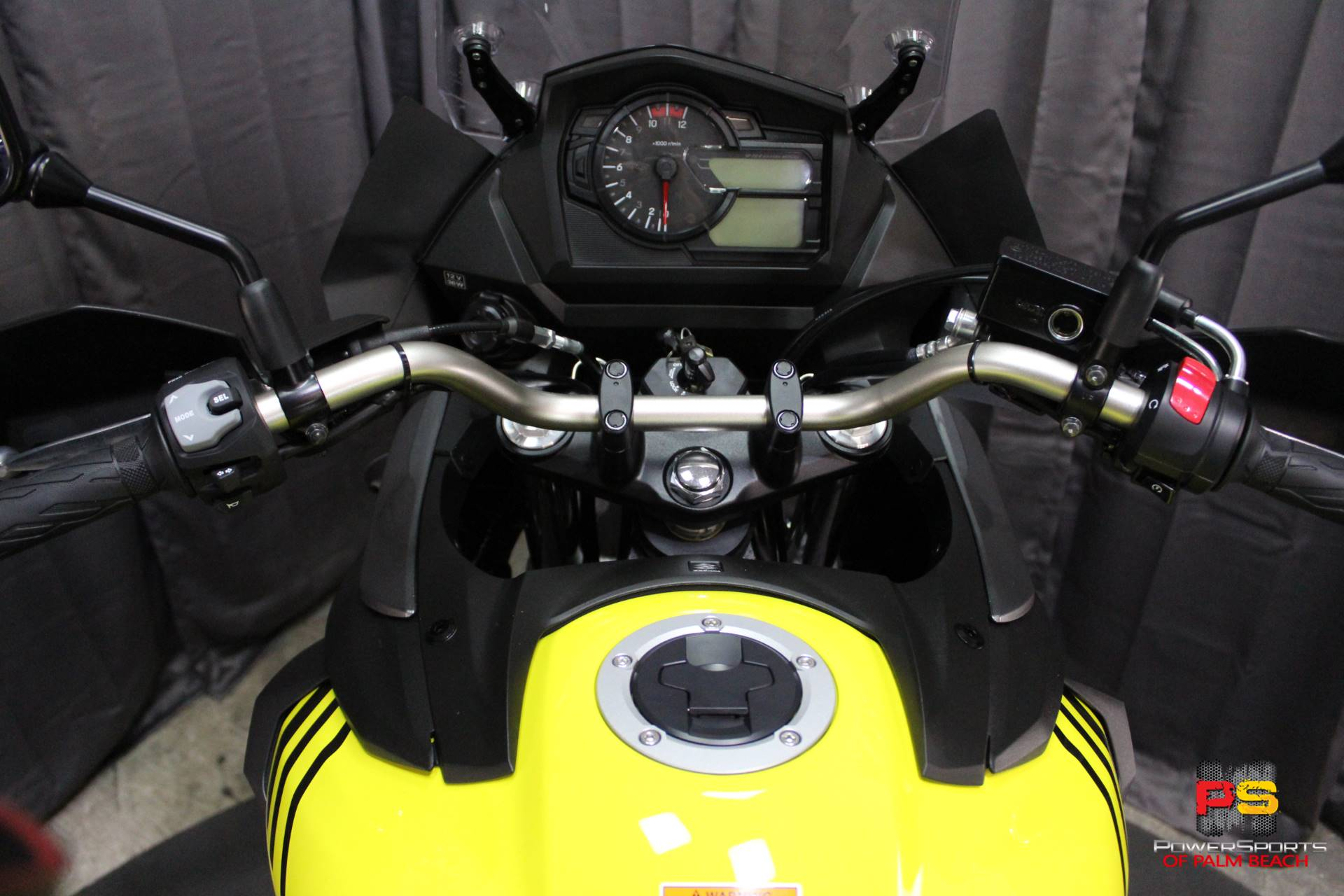 2018 Suzuki V-Strom 650XT in Lake Park, Florida - Photo 41